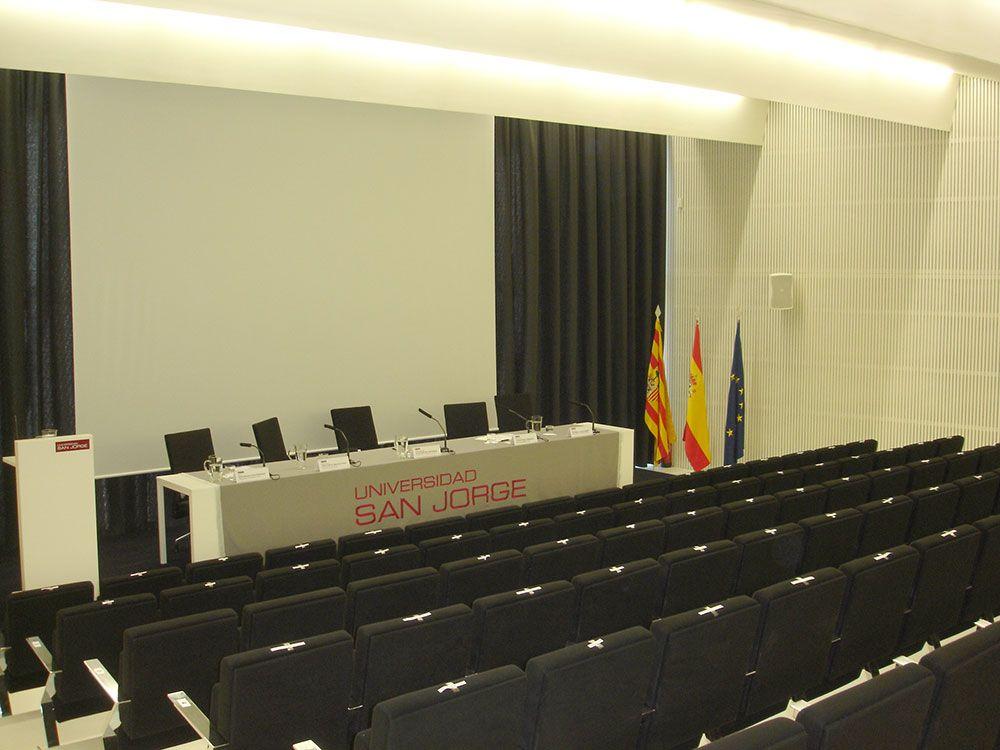 Salón de actos de la Universidad San Jorge (Zaragoza)